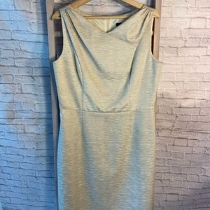 David Meister Cream and Gold Sleeveless Dress